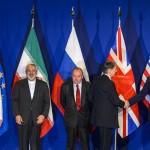 Les délégués célèbrent  l'accord (Photo AFP)