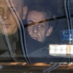 Sarkozy à son arrivée au pôle financier (Photo AFP)