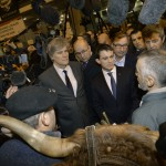 Valls et Le Foll au Salon (Photo AFP)