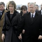 La reine Mathilde et le roi Philippe à l'aéroport de Bruxelles (Photo AFP)