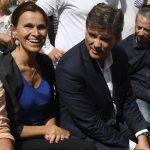 Montebourg, avec Aurélie Filipetti, hier à Frangy-en Bresse ((Photo AFP)